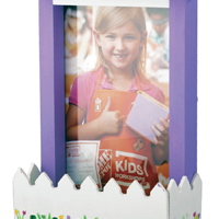 FREE Build a Picket Fence Photo Frame Workshop For Kids at Home Depot on May 2, 2015