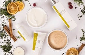 FREE MONU Skincare Sample Pack
